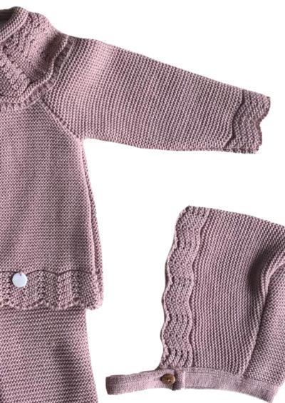 """""""conjuntos de punto de tricot originales cotton bebé"""". """"Ropa bonita de primera puesta"""". """"Ropita para los primeros meses"""". """"Ropa bebe"""". """"Cotton-bebe"""". """"ropa de punto"""". """"De venta en la tienda online cotton-bebe"""". """"Body de punto para bebé"""". """"chaqueta de bebé"""". """"Complementos de moda"""". """"Bebé molón"""". """"color rosa para bebé"""". """"conjunto de polaina- mono"""". """"conjunto verde de punto"""". """"Ropa de punto"""". """"Cotton Bebe"""". """"Tricot"""". """"Polaina de bebé """". """"San Francisco bebé """". """"Ropa hipoalergenica"""". """"Tacto algodón"""". """"Cotton baby"""". """"Mono de bebé """". Color berenjena """". """"Polaina de bebé """". """"Estrella rosa"""". """"Estrellas para bebé """"."""